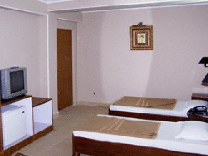 landmark-inn